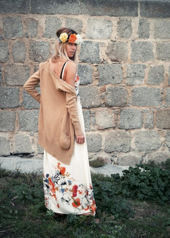 chaquetita de lana y botas planas camel!