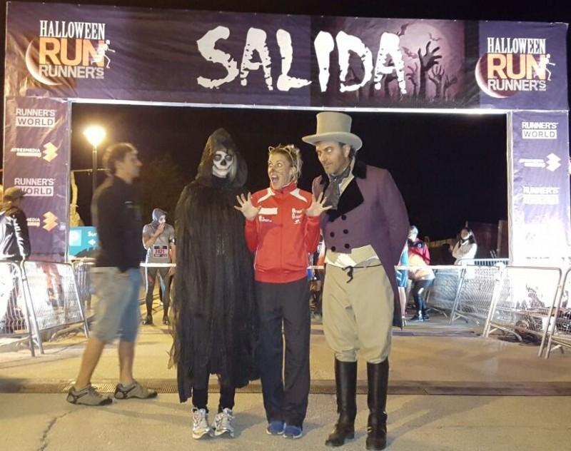 Eva Arias, Halloween-run