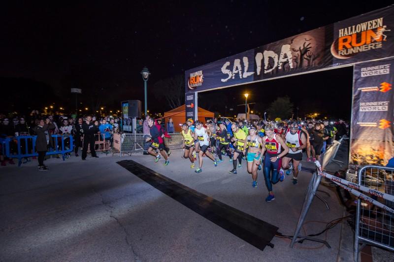 Salida.halloweenrun2015-runners-cesarlloreda-7