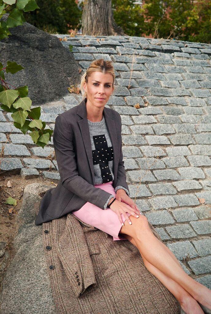Eva Arias falda tubo rosa palo