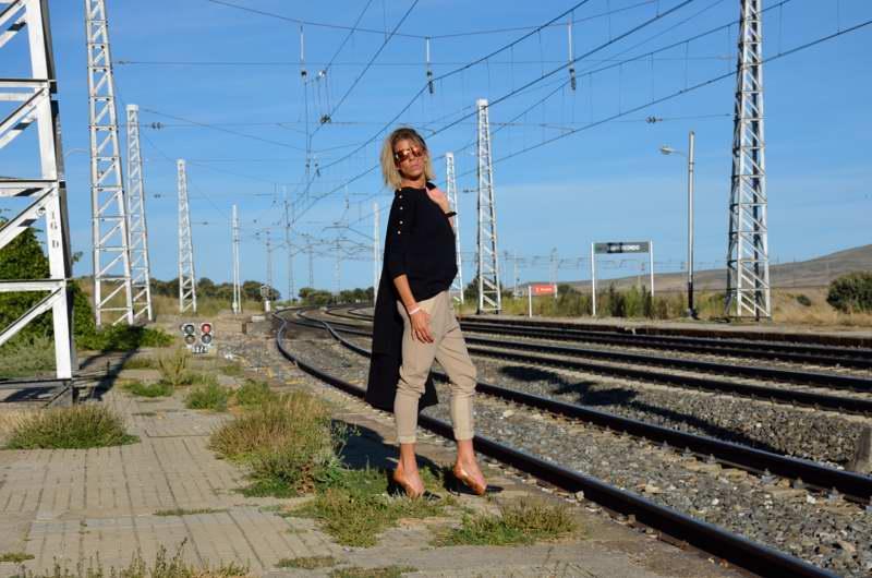 Eva Arias.